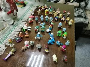 Коллекция игрушек из Киндер-сюрприза