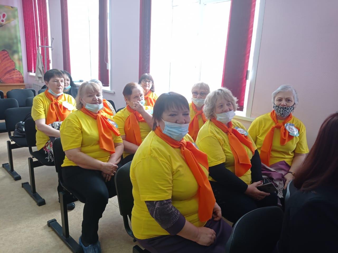 Волонтеры серебряного возраста