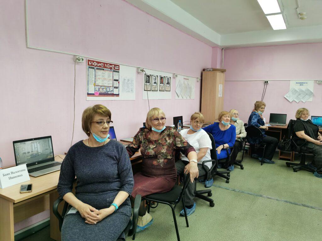 Участники муниципального этапа ХI Всероссийского чемпионата по компьютерному многоборью среди пенсионеров.