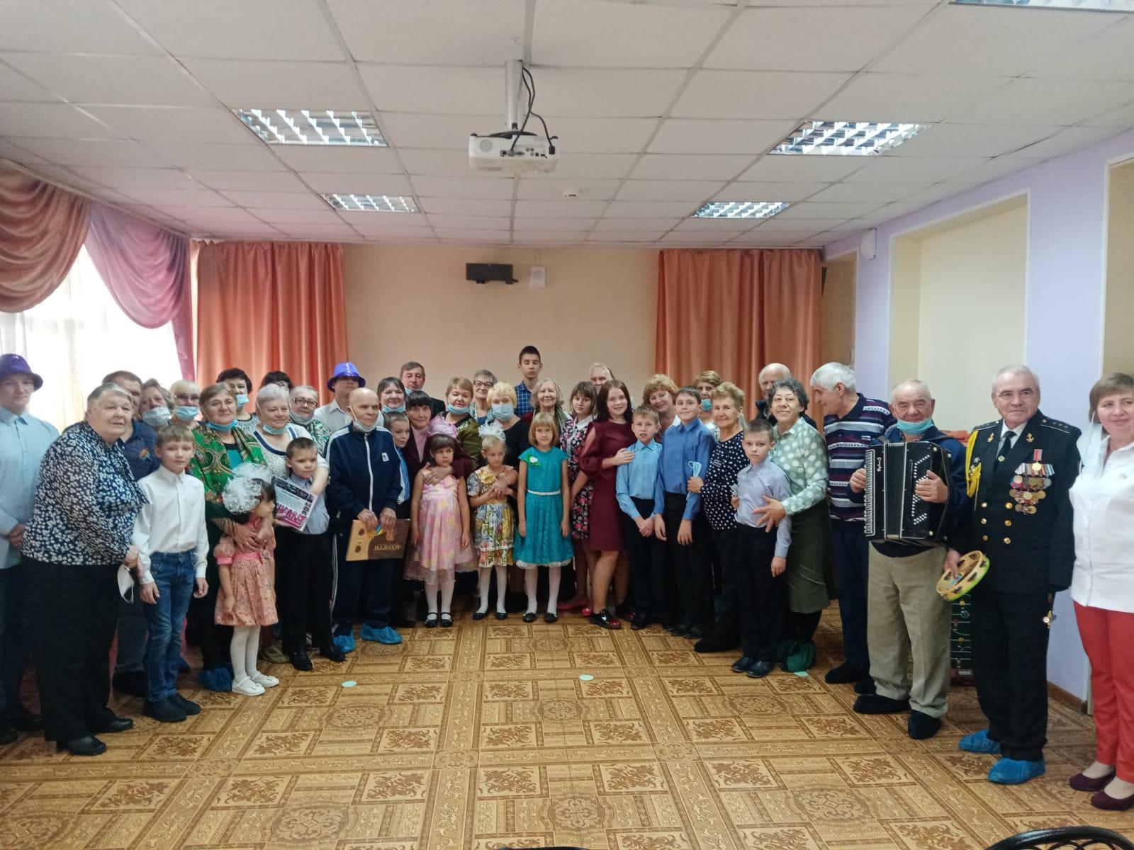 Закрытие проекта Связь Поколений в МКУ СРЦ Радуга
