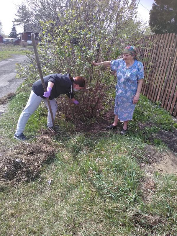 Уборка сухой травы