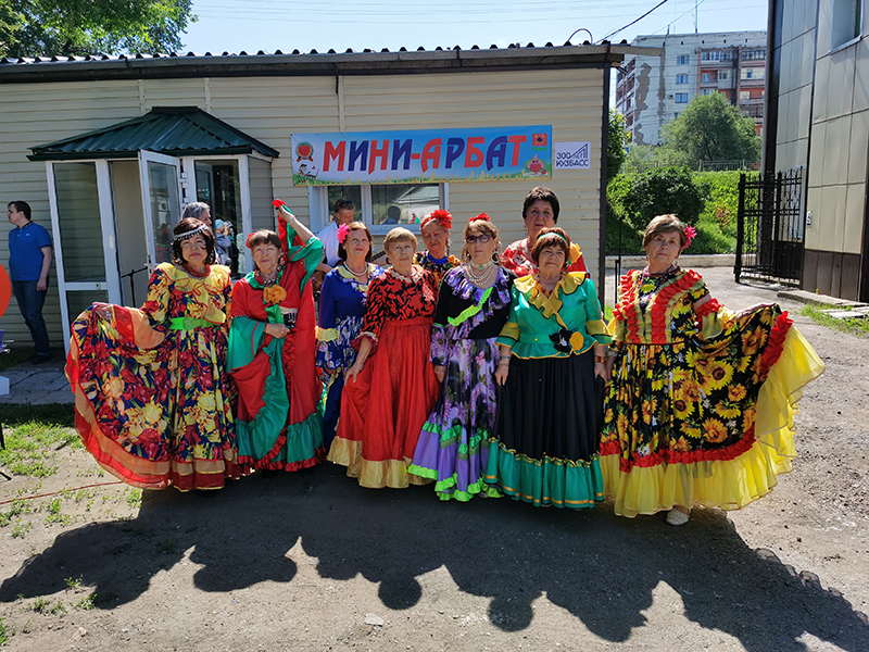 Танцевальный клуб Цветы Востока